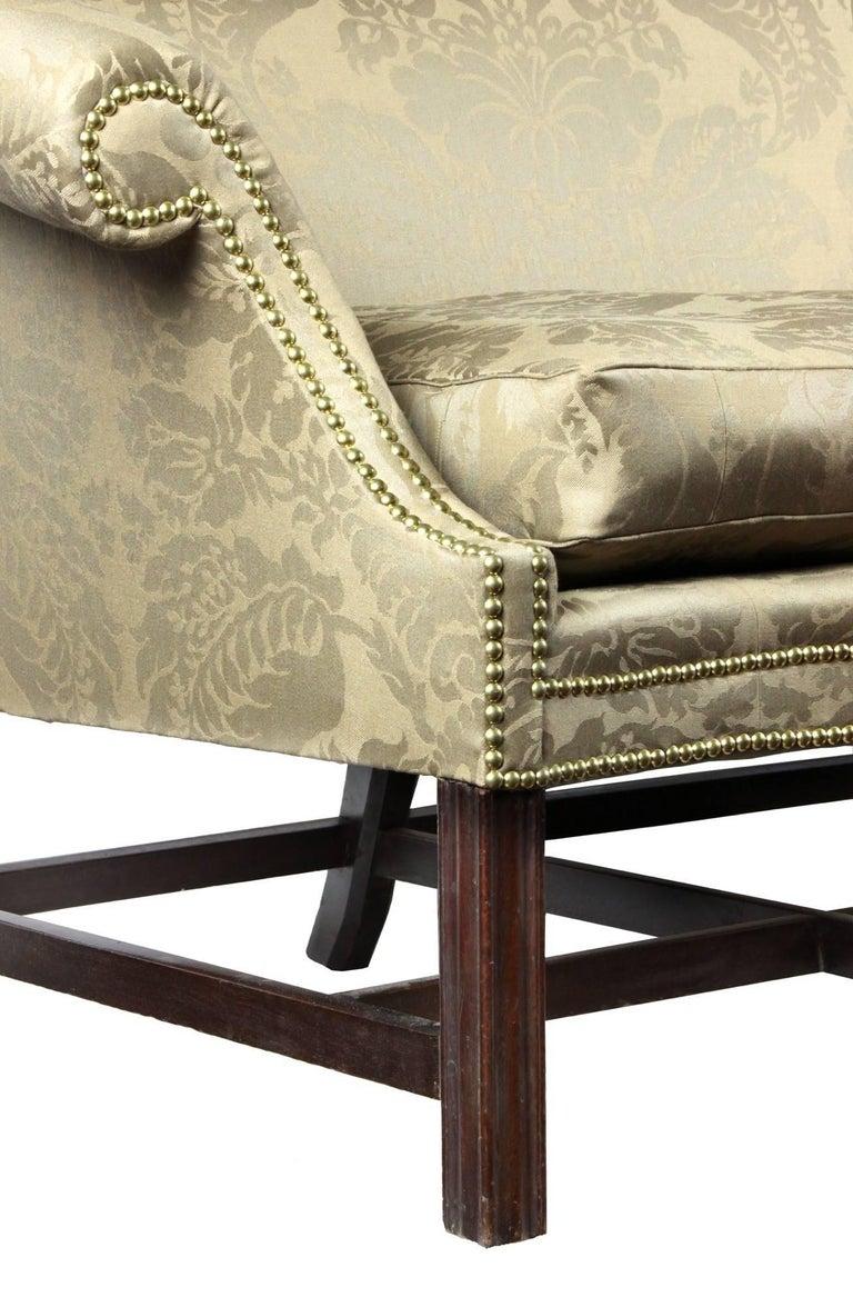 Fine Chippendale, Federal Mahogany Camelback Sofa, Philadelphia, circa 1780-1800 For Sale 3