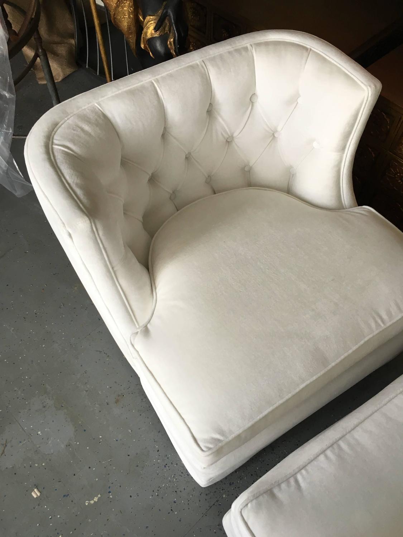 Pair Of White Velvet Tufted Slipper Chairs For Sale At 1stdibs