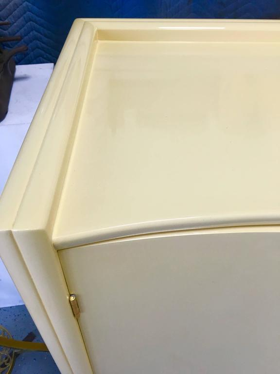 Rare Cream Lacquer Buffet by Johann Tapp for Gumps, circa 1940 In Excellent Condition For Sale In Los Angeles, CA