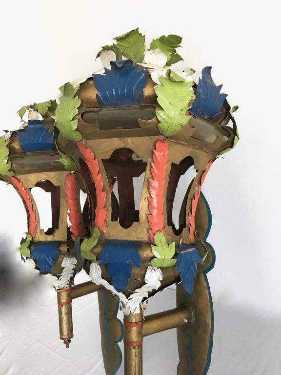 Mid-Century Modern Pair of Painted Wall Sconce Lanterns in the Manner of Tony Duquette For Sale