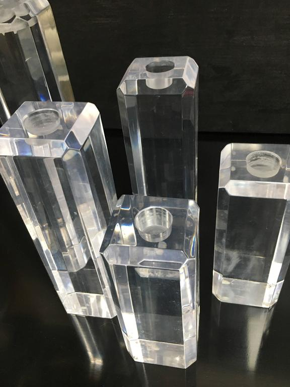 Set of Five Acrylic Lucite Candlesticks In Excellent Condition For Sale In Los Angeles, CA