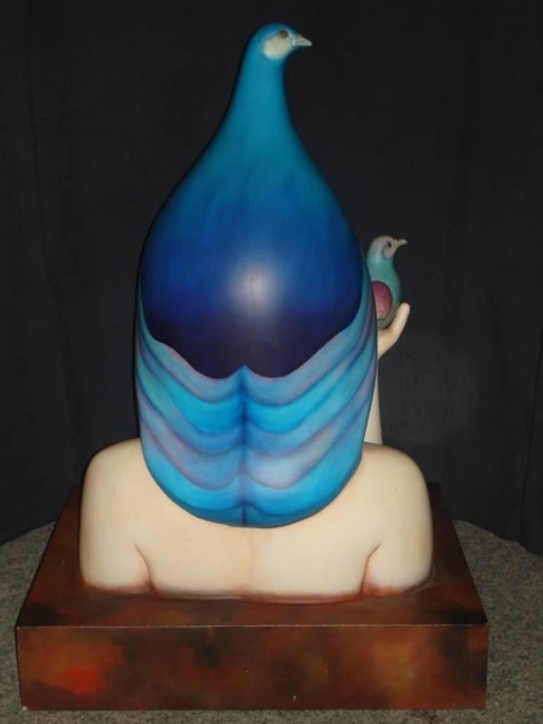 Signed Ceramic Sculpture of a Bird Lady by Sergio Bustamante In Good Condition For Sale In Los Angeles, CA