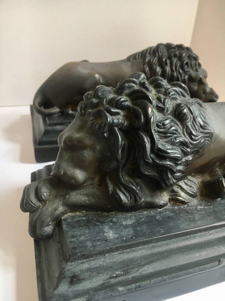 Pair of Bronze Recumbent Lion Sculpture Bookends For Sale 1