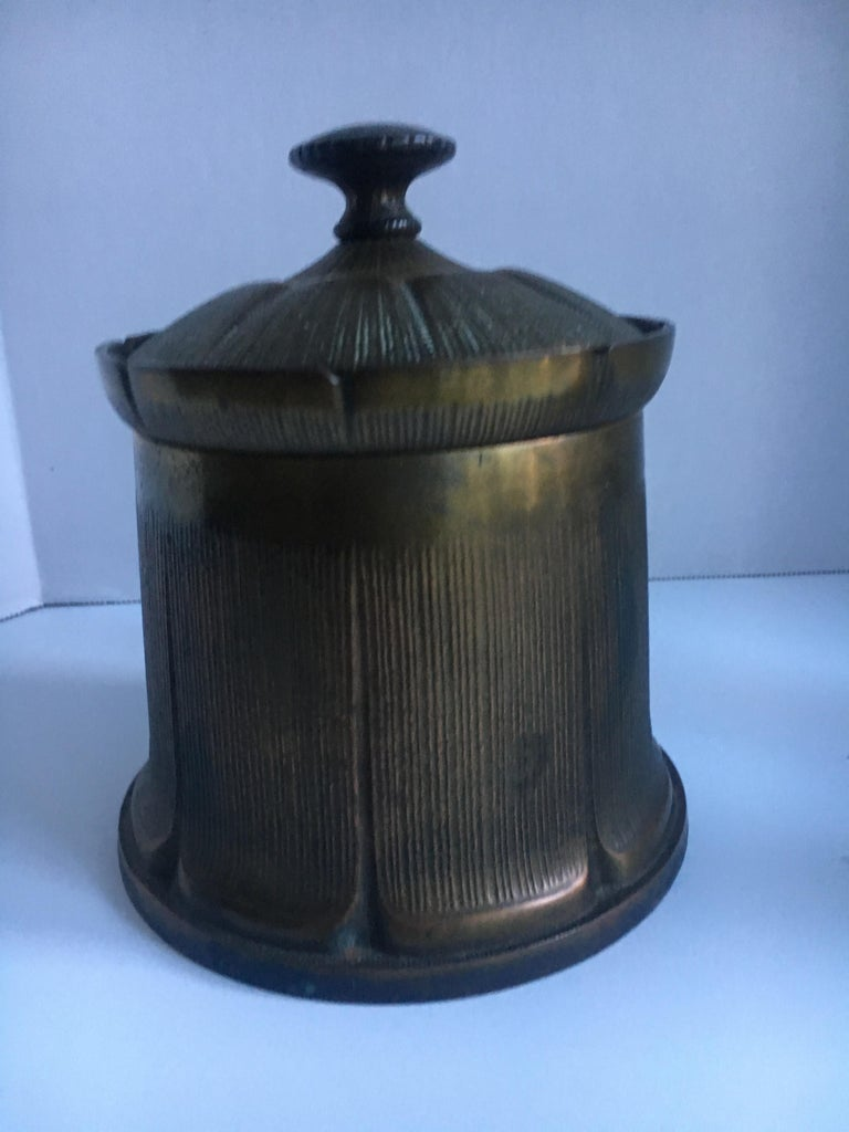 Brass Tobacco 420 Desktop Lidded Humidor In Good Condition For Sale In Los Angeles, CA