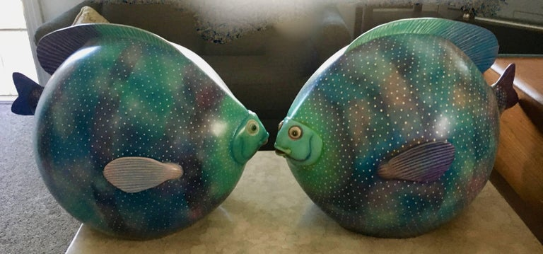 Pair of Signed Ceramic Fish Sculpture by Mexican Artist Sergio Bustamante For Sale 3