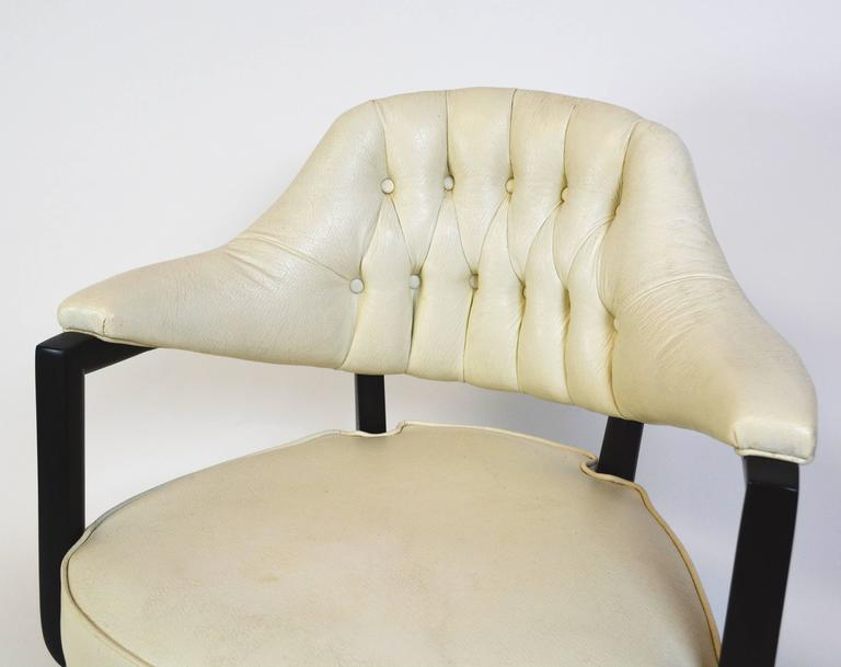 Pair of Monteverdi-Young Swivel Chairs In Good Condition For Sale In Palm Springs, CA