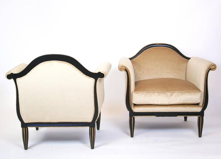20th Century Pair of French Art Deco Lounge Chairs For Sale