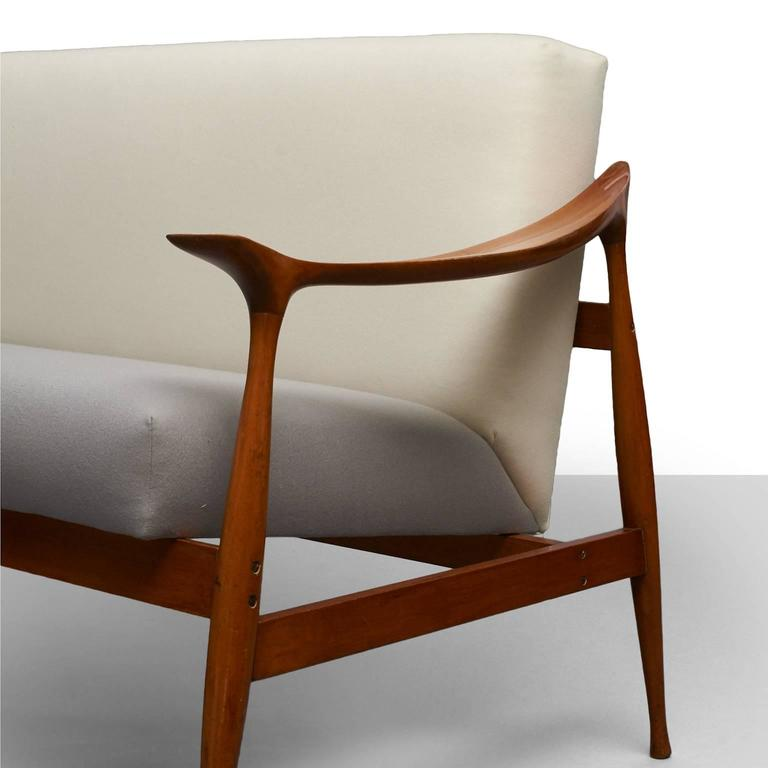 Mid-20th Century Ico Parisi 'Lord' Settee For Sale