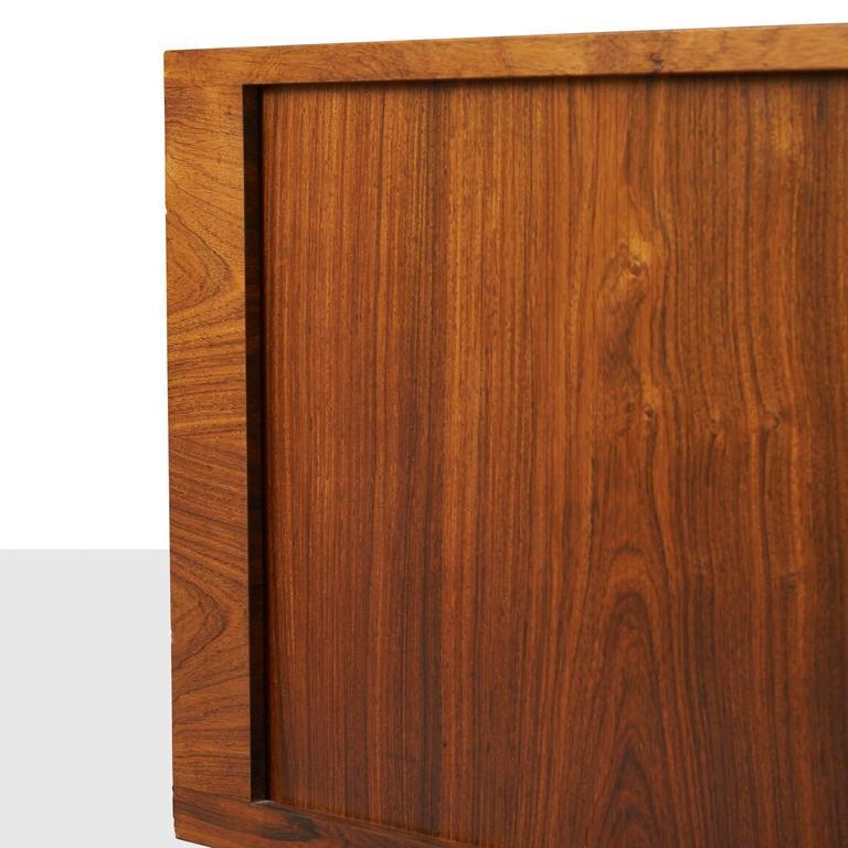 Hans Wegner, Low Rosewood Sideboard For Sale 1