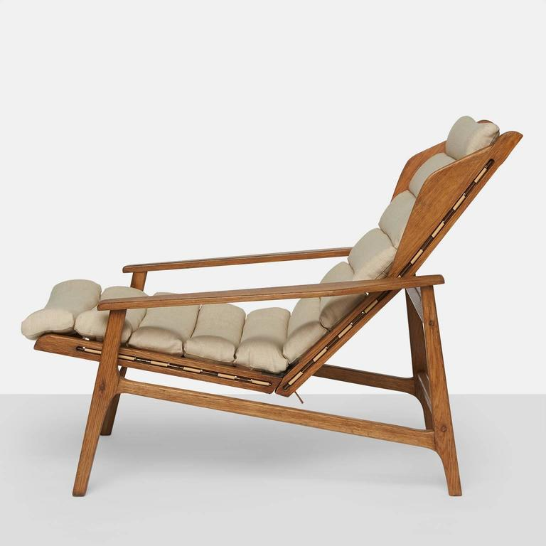 Linen Pair of Gio Ponti Lounge Chairs For Sale