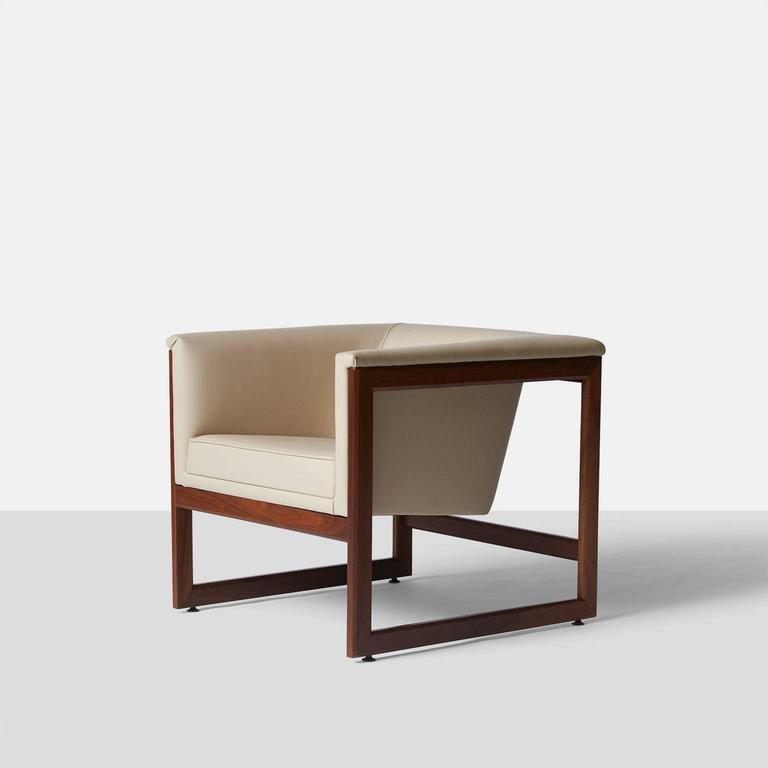 Pair of Floating Cube Chairs by Milo Baughman at 1stdibs