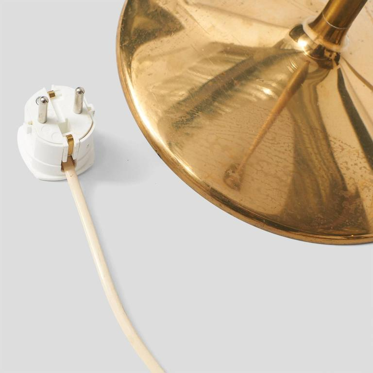 Quot Chinese Hat Quot Floor Lamp By Paavo Tynell At 1stdibs