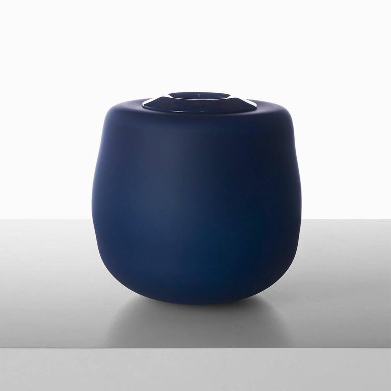 A free handblown glass vase in navy with a removeable insert for water by celebrated Paris glass artist Jeremy Maxwell Wintrebert. Paris, circa 2016.