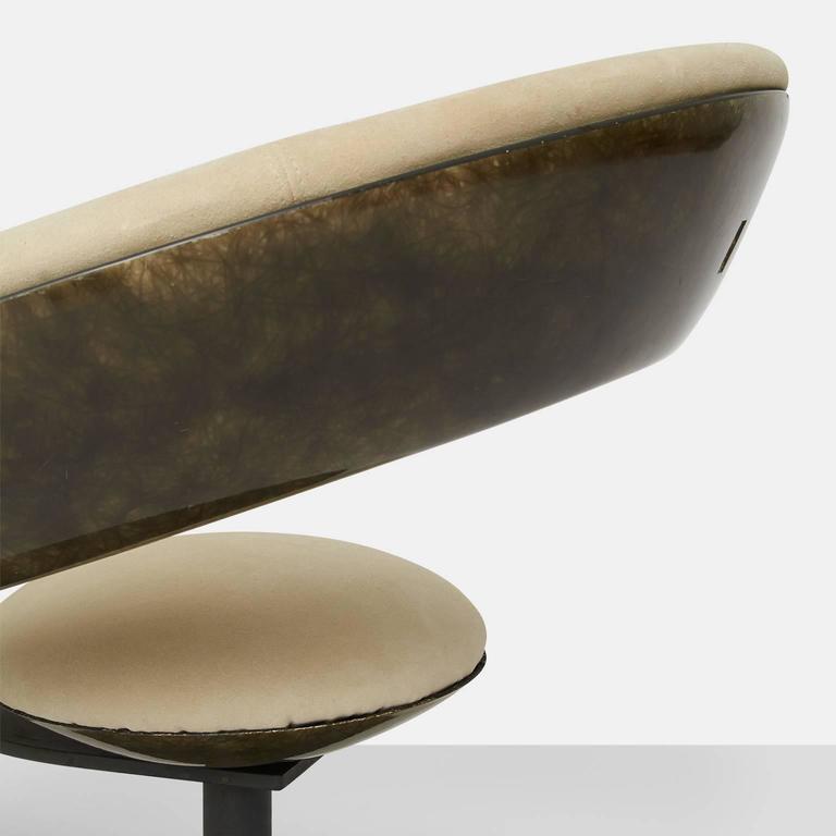 Fiberglass Ricardo Fasanello Anel Chair For Sale