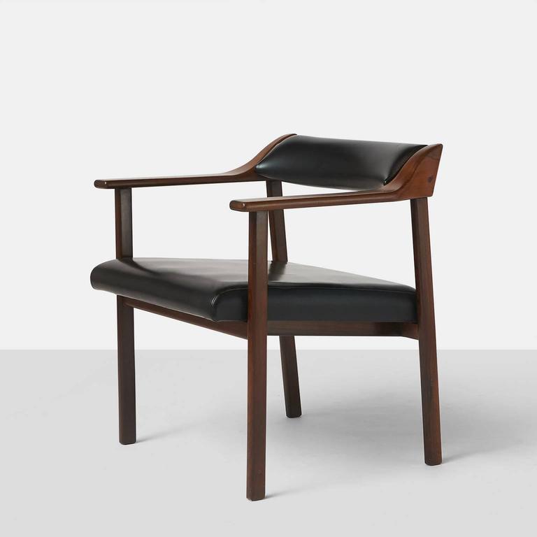 Brazilian Pair of Lounge Chairs by Joaquim Tenreiro For Sale