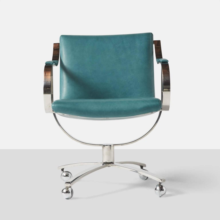 Swivel Chairs by Gardner Leaver for Steelcase In Excellent Condition For Sale In San Francisco, CA