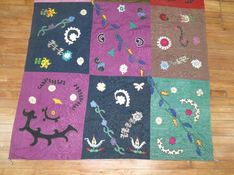 Suzani Vintage Uzbek Textile Embroidery For Sale