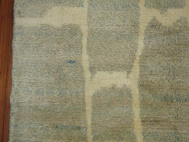 Turkish Modernist Rug In Excellent Condition For Sale In New York, NY