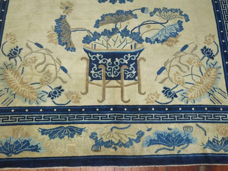 Antique Chinese Peking Rug In Excellent Condition For Sale In New York, NY