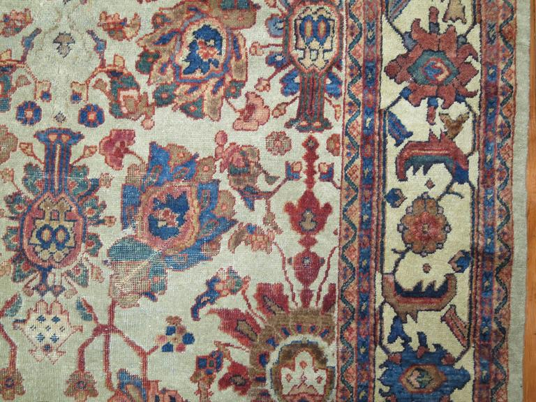 Persian Mahal Rug In Fair Condition For Sale In New York, NY