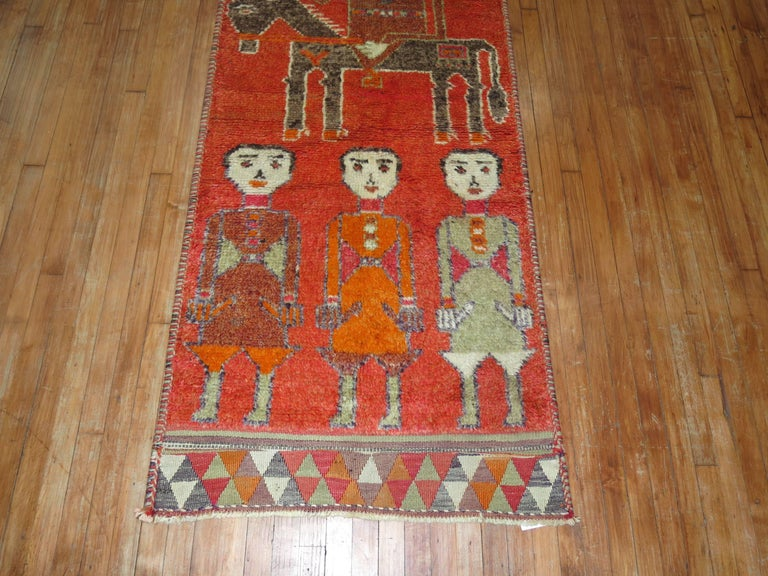 Pictorial Human Horse Vintage South Persian Runner In Excellent Condition For Sale In New York, NY