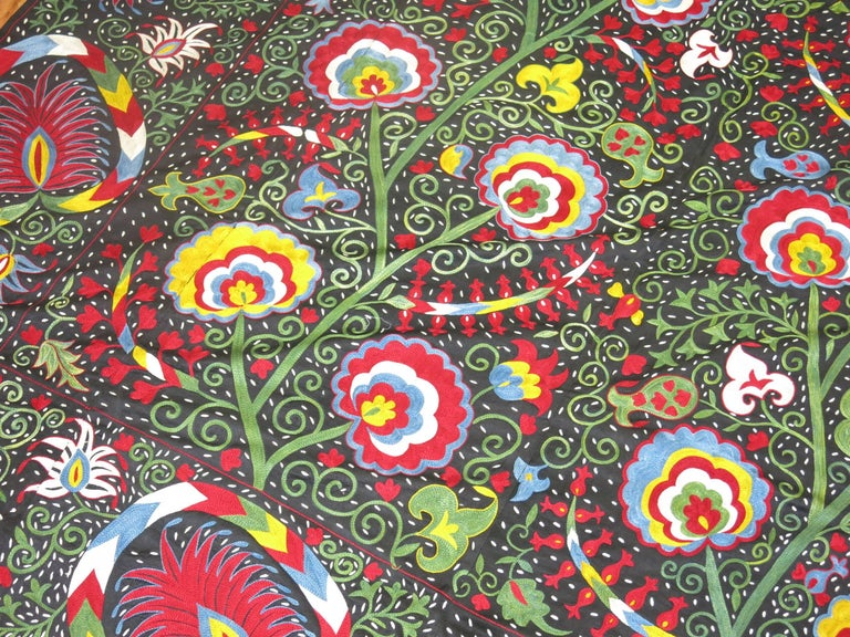 Beautiful Colorful Vintage Inspired Suzani Embroidery In Good Condition For Sale In New York, NY