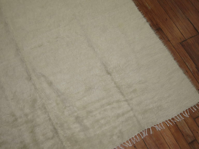 Hand-Woven Ivory Vintage Mohair Rug For Sale