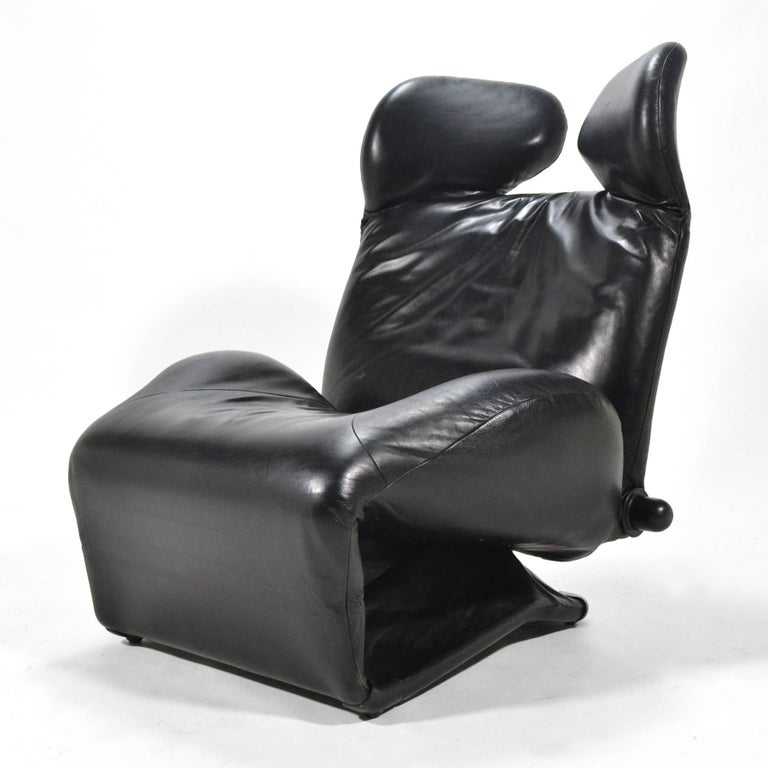 Toshiyuki Kita Wink Lounge Chairs by Cassina In Good Condition For Sale In Highland, IN
