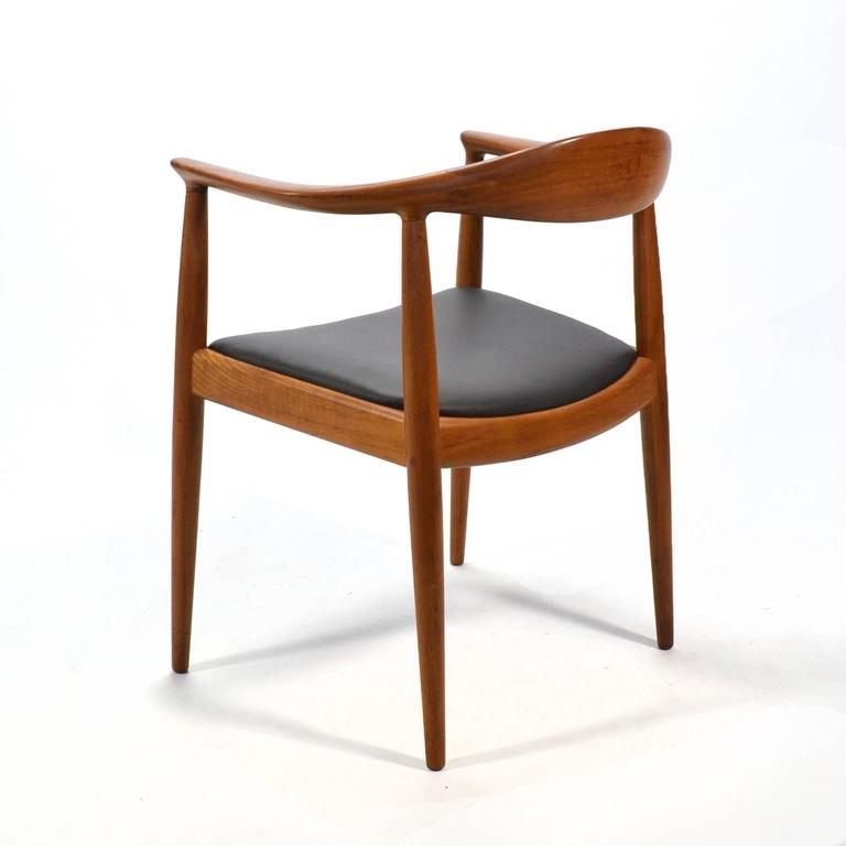 Scandinavian Modern Hans Wegner Round Chair/The Chair by Johannes Hansen