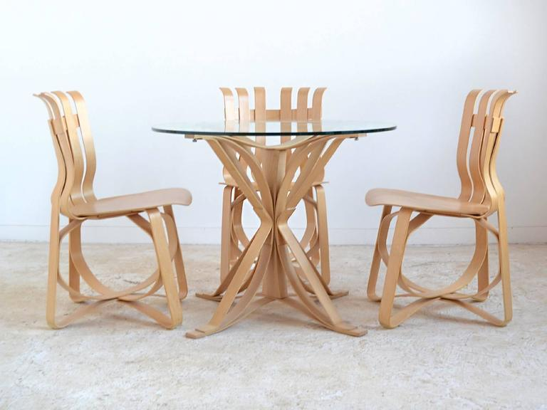 Modern Frank Gehry Dining Table and Chairs by Knoll