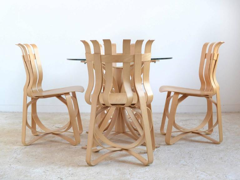 American Frank Gehry Dining Table and Chairs by Knoll