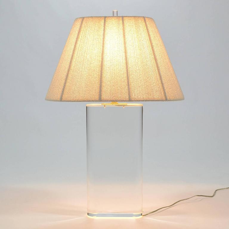 Hollywood Regency Stunning Lucite Table Lamp in the Manner of Karl Springer For Sale
