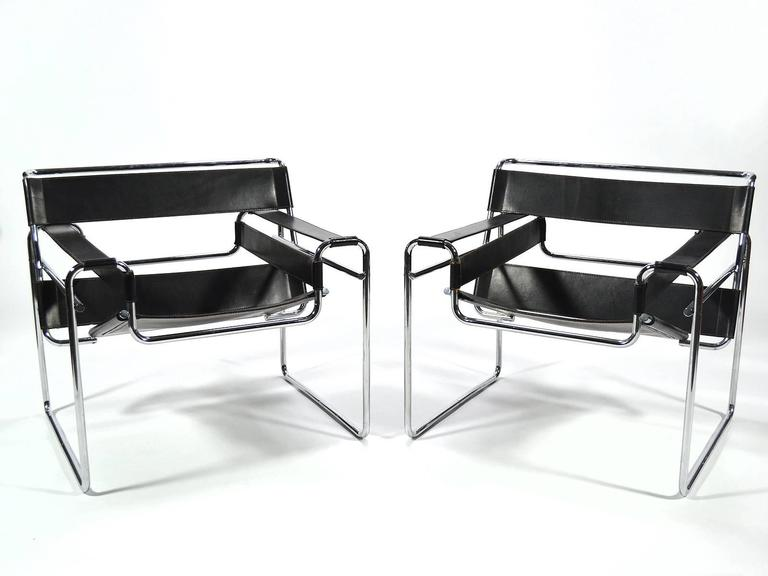 Marcel Breuer Pair of Early Wassily Chairs by Knoll In Good Condition For Sale In Highland, IN