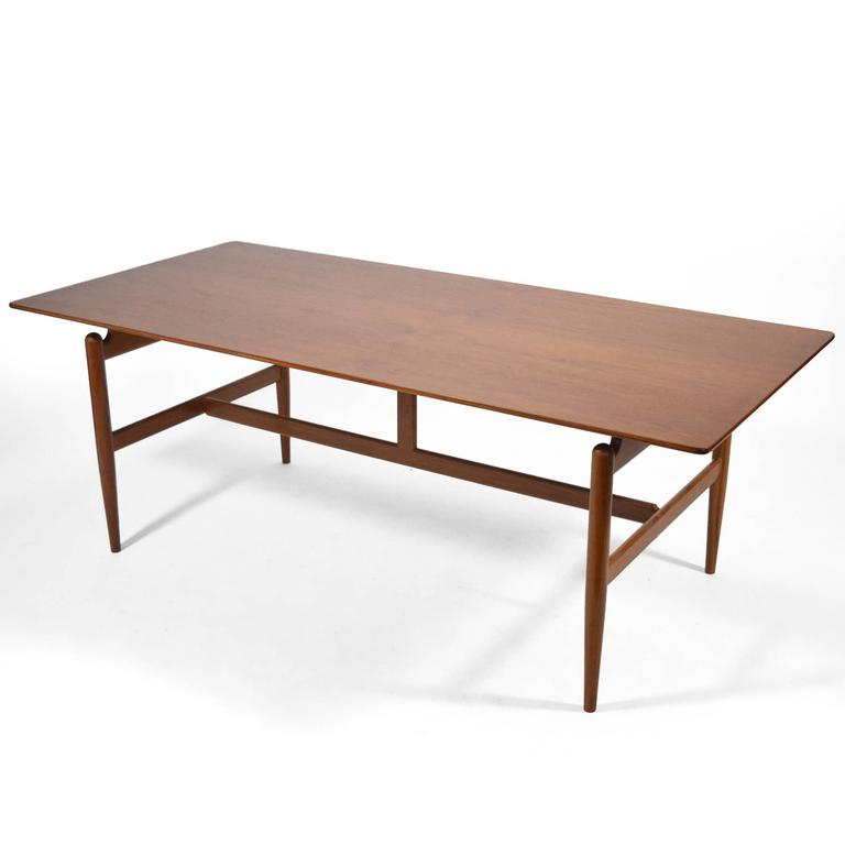 Finn Juhl Table 4