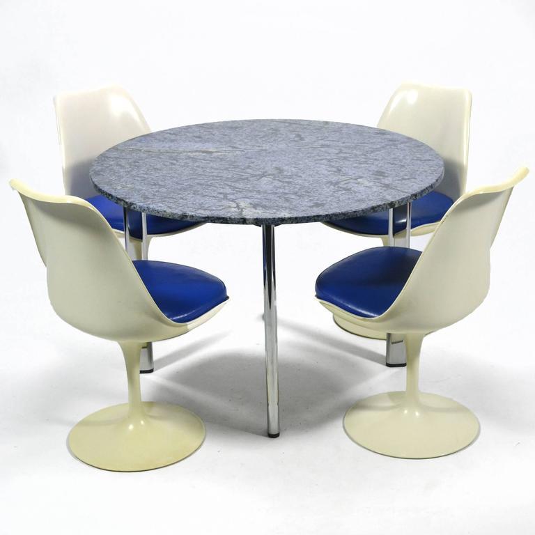 Joe D'urso Table by Knoll 10