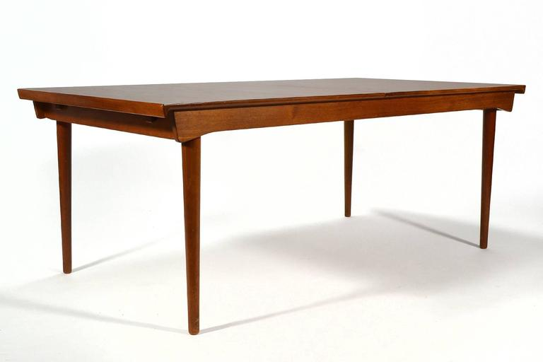Finn Juhl Model 540 Solid Teak Extension Table In Good Condition For Sale In Highland, IN