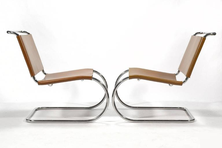 Mid-Century Modern Mies van der Rohe Pair of MR Lounge Chairs For Sale