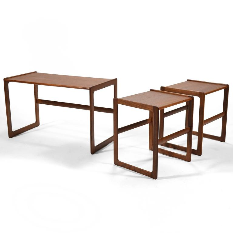 Arne Hovmand-Olsen Set of Teak Nesting Tables by Mogens Koch In Excellent Condition For Sale In Highland, IN