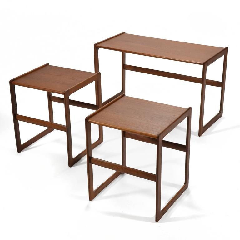 Arne Hovmand-Olsen Set of Teak Nesting Tables by Mogens Koch For Sale 3