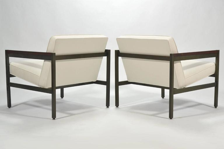 Mid-20th Century Michael Taylor Pair of Bronze Framed Lounge Chairs by Baker For Sale