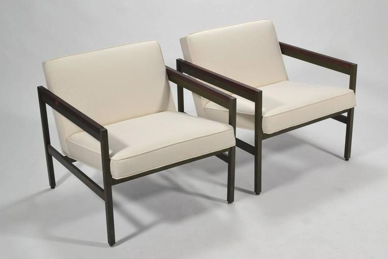 Michael Taylor Pair of Bronze Framed Lounge Chairs by Baker For Sale 4