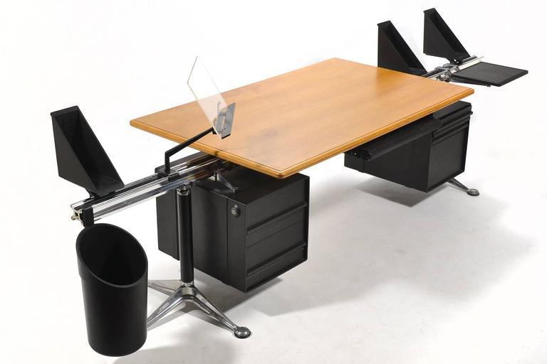 Bruce Burdick Executive Desk by Herman Miller 3