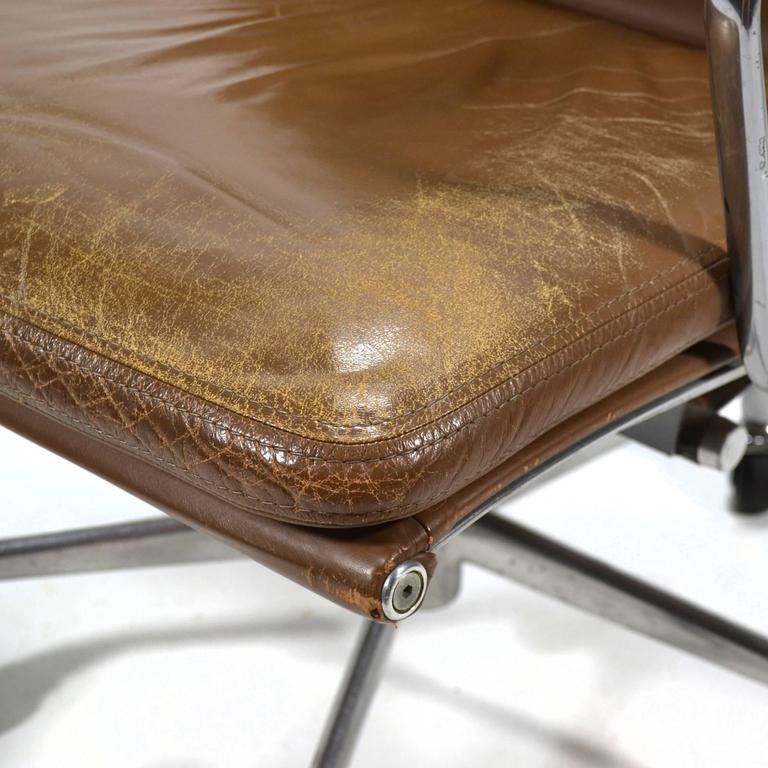 Eames Aluminium Group Soft Pad Management Chair by Herman Miller 9