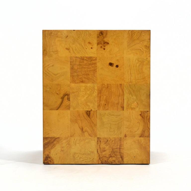 Mid-Century Modern Milo Baughman Burl Patchwork Pedestal/ End Table by Thayer Coggin For Sale