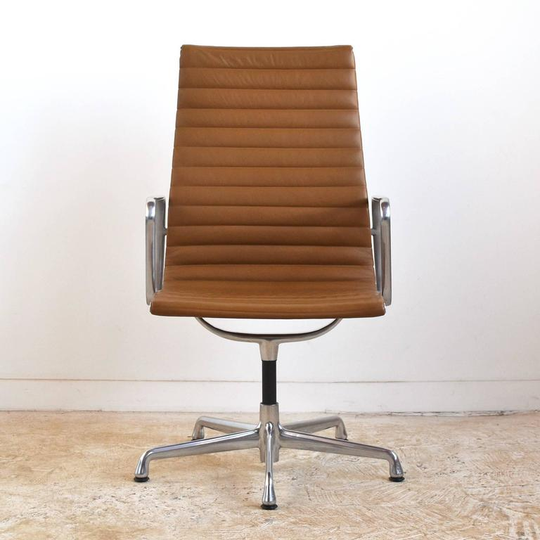 Eames Aluminum Group Armchair by Herman Miller 3