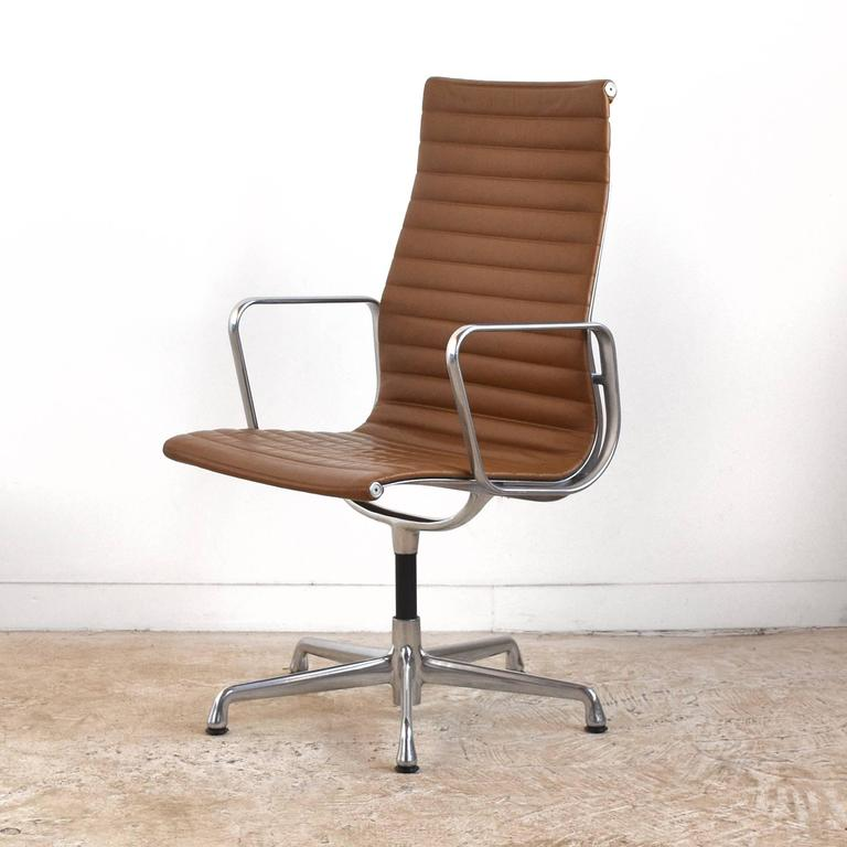 Eames Aluminum Group Armchair by Herman Miller 4