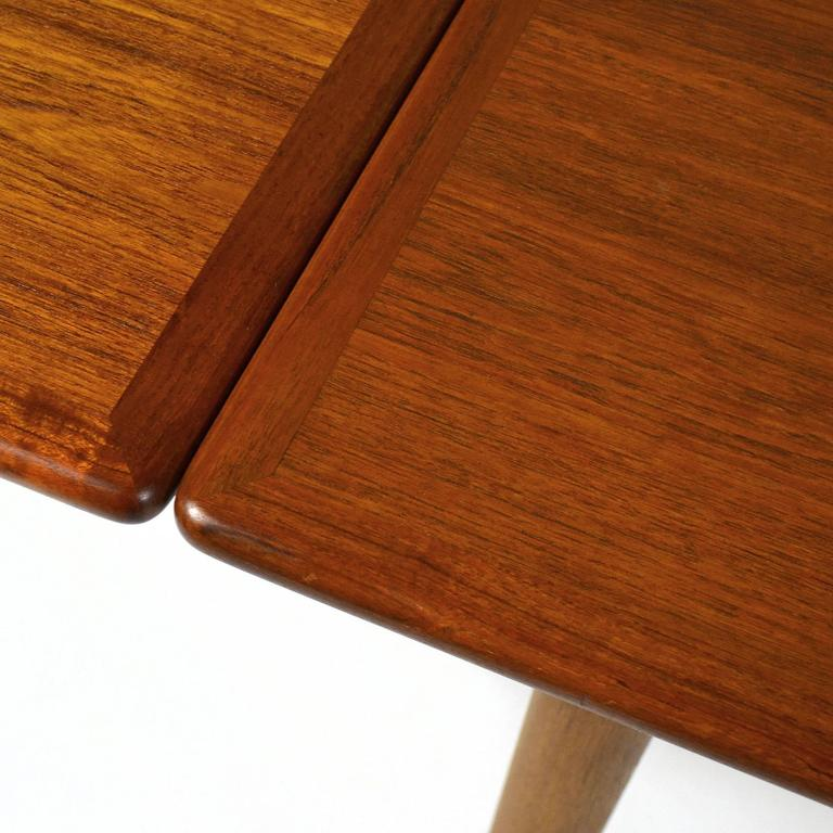 Hans Wegner AT312 Draw-Leaf Dining Table by Andreas Tuck For Sale 1