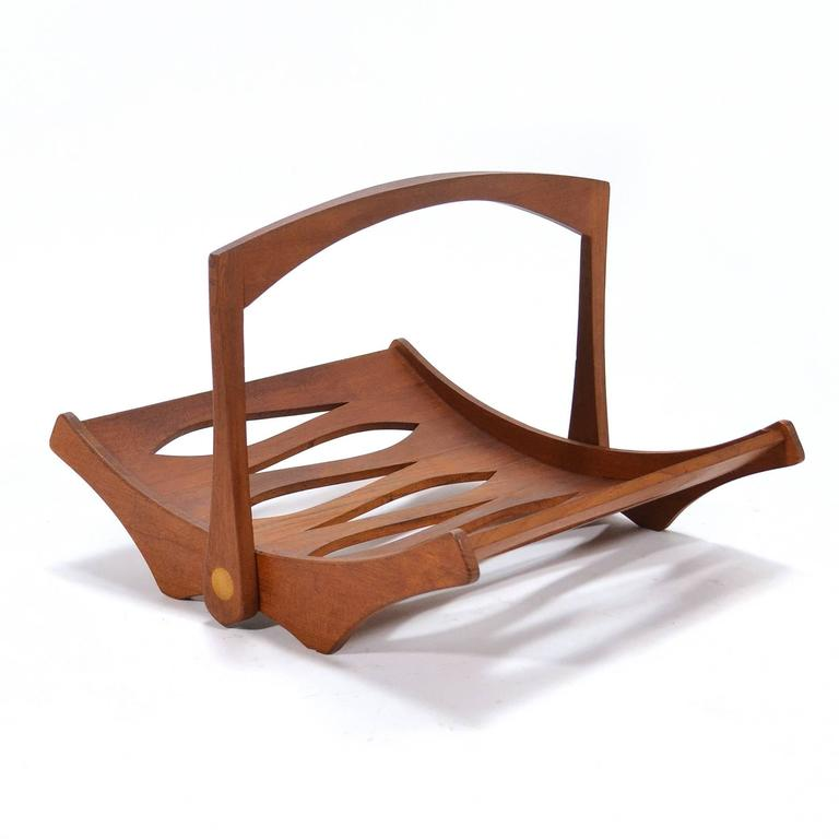 Jens Quistgaard Teak Magazine Holder by Dansk In Excellent Condition For Sale In Highland, IN