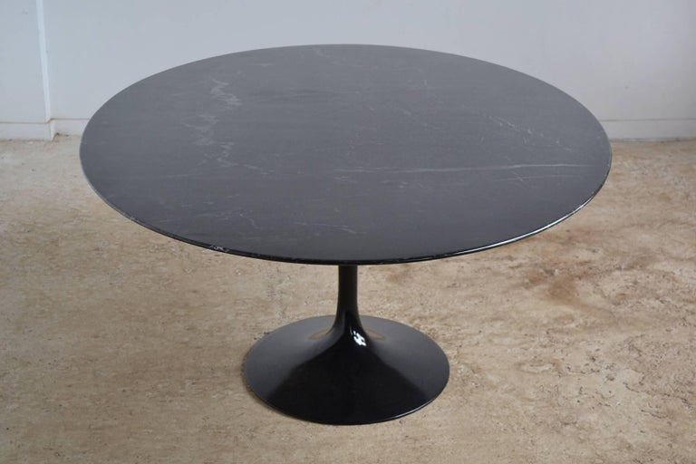 Eero Saarinen Black Marble Tulip Table by Knoll 3