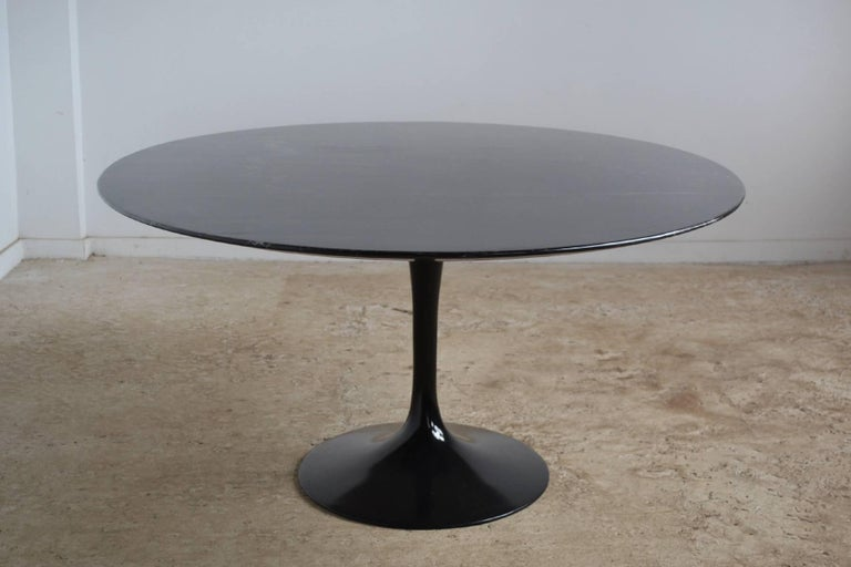 Eero Saarinen Black Marble Tulip Table by Knoll 10